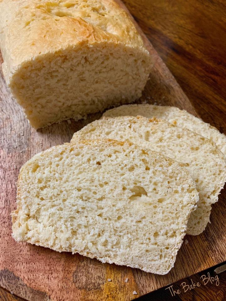 Easy Basic Bread (BeginnerFriendly)