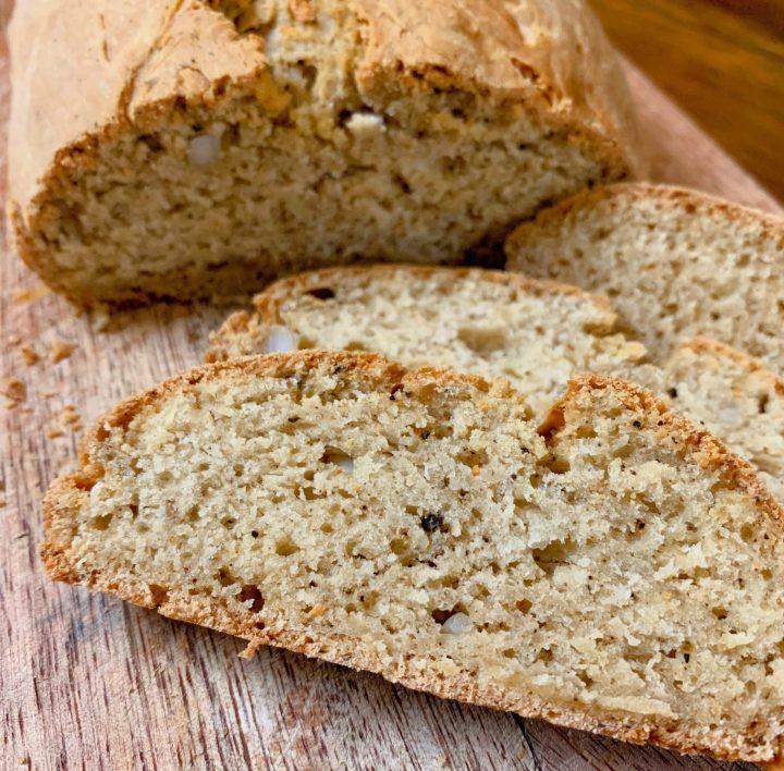 Pepper Garlic Cheese Soda Bread (NoYeast)