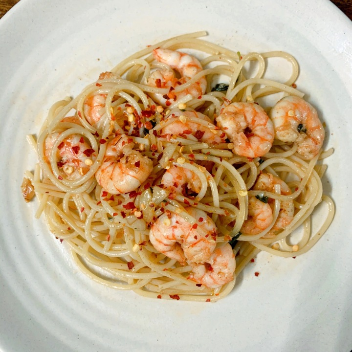 Spaghetti with Garlic Butter Prawns